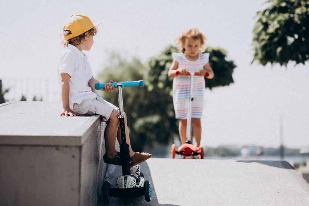 kids on scooters| What makes a kidfriendly suburb
