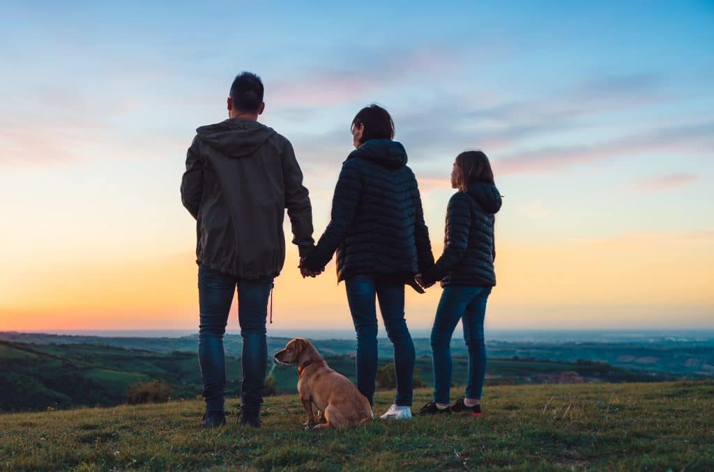 holding hands family| How to bring country and city together